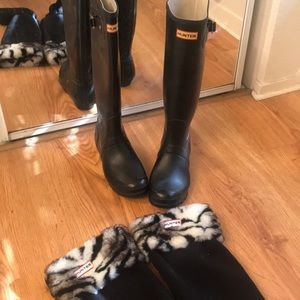 Tall Hunter rain boots + socks